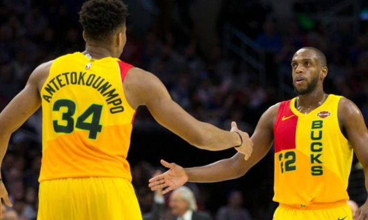 Giannis Antetokounmpo scored 45 points in a stunning individual display