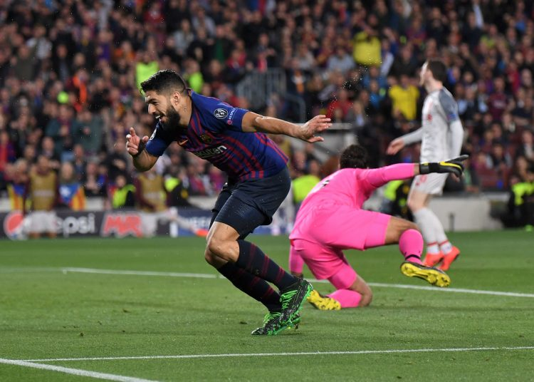 BARCELONA, SPAIN - MAY 01:   Luis Suarez of Barcelona celebrates after he scores his sides first goal during the UEFA Champions League Semi Final first leg match between Barcelona and Liverpool at the Nou Camp on May 01, 2019 in Barcelona, Spain. (Photo by Michael Regan/Getty Images)