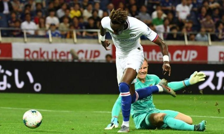 Abraham made up for an earlier miss from four yards by scoring a classy goal that saw him calmly round the keeper (Image credit: Getty Images)