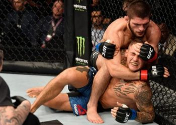 Khabib was in control of the fight from the first round and eventually submitted Poirier in the third (Image credit: Getty Images)