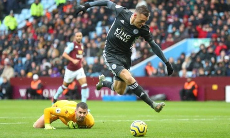 Vardy is just the second player in Premier League history to score in eight successive games on two separate occasions, after Ruud van Nistelrooy in January 2002 and August 2003 (Image credit: Getty Images)