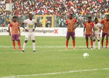 Naby Keita steps up to take the crucial late penalty for Kotoko.  Hearts of Oak vs Asante Kotoko - 26-01-20