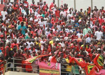 Asante Kotoko's fans celebrate Justice Blay's opener.   Hearts of Oak vs Asante Kotoko - 26-01-20
