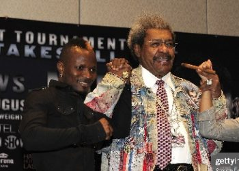 LAS VEGAS, NV - JULY 14:  (L-R) Boxer Joseph Agbeko, Don King and boxer Abner Mares pose during the bantamweight tournament final press conference at the Hard Rock Hotel and Casino on July 14, 2011 in Las Vegas, Nevada.  (Photo by Steven Lawton/FilmMagic)